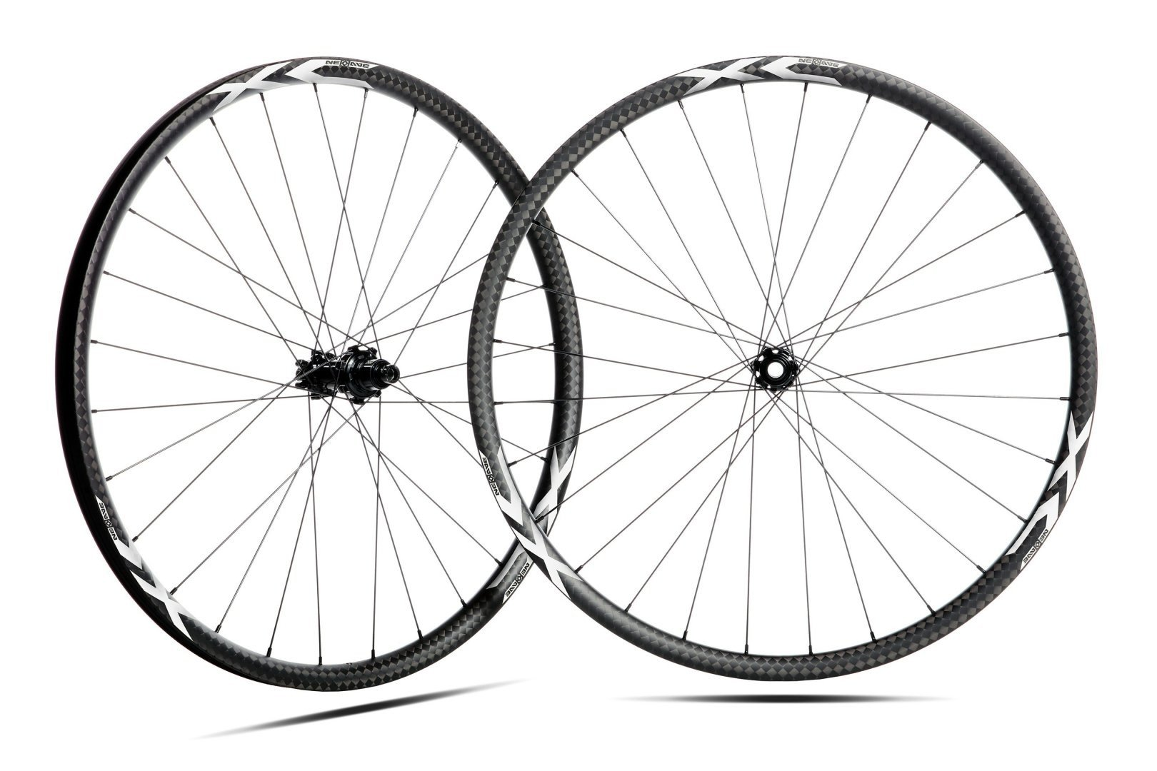 ROUES NEWWAVE XC CARBON CARBON TUBELESS 29'